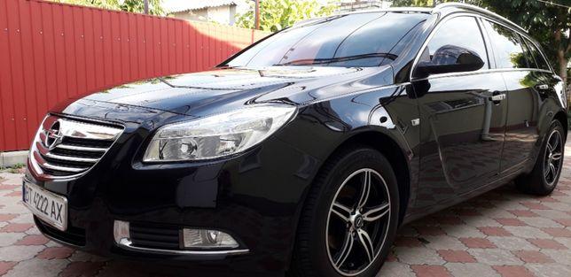 Opel Insignia в идеальном состоянии !!!