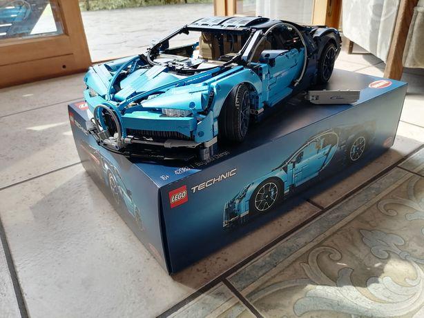 LEGO Technic Bugatti 42083