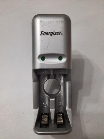 Ładowarka na 2 akumulatorki AA, AAA Energizer
