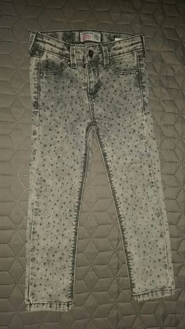 Spodnie jeansowe reserved 104 cm gwiazdki szare