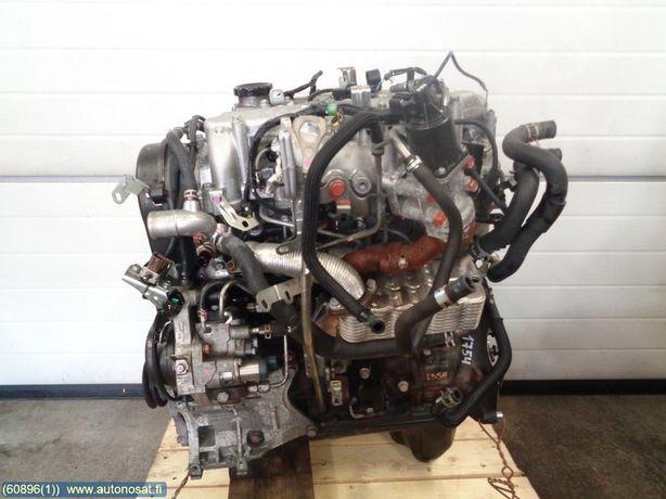 Мотор двигатель 4D56U