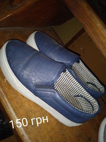 Жіноче взуття 100-250грн