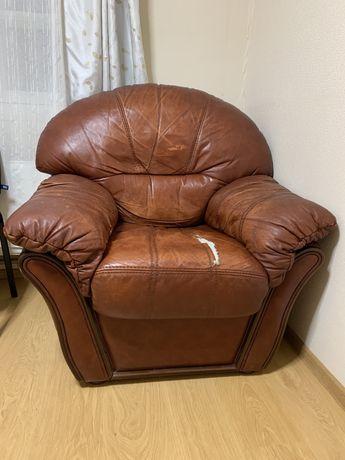 Продам кресло натуральная КОЖА