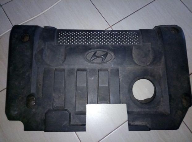 Продам колпак Крышку двигателя Hyundai 1.8