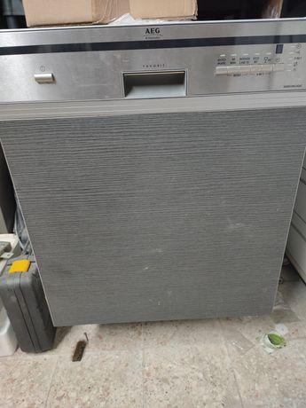 Máquina de lavar louça Electrolux NOVA