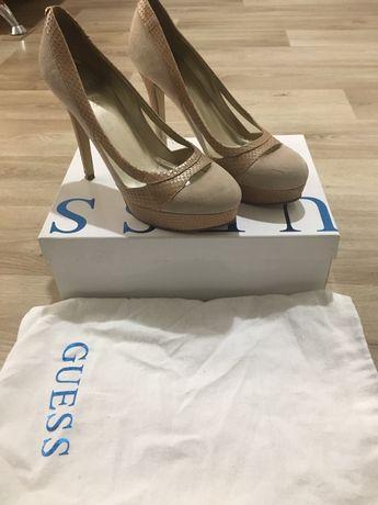 Туфли- лодочки Guess 38 размер