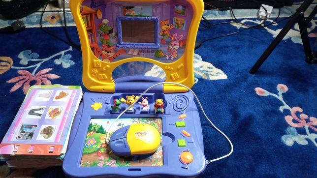 Детский компьютер с карточками