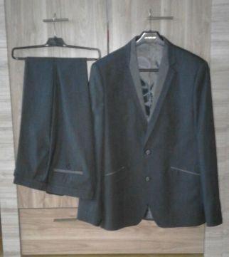Garnitur 182/188 L/XL szary ciemny marynarka spodnie