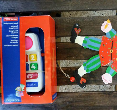 Telefone emite sons e luzes. Novo em caixa.Marioneta nova