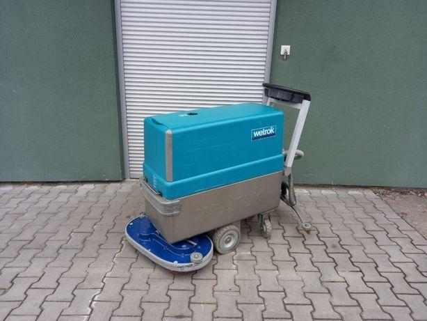 Szorowarka z trakcją Wetrok Duomatic 550/700 VBAM