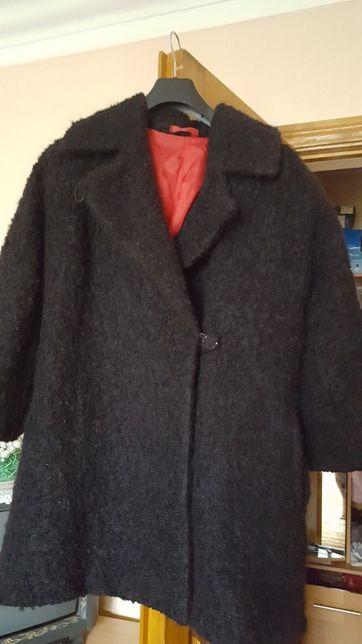 Пальто из буклированной шерсти