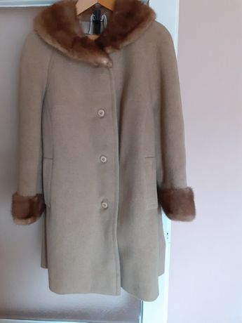 Płaszcz, kołnierz i mankiety z norek r. 48-50