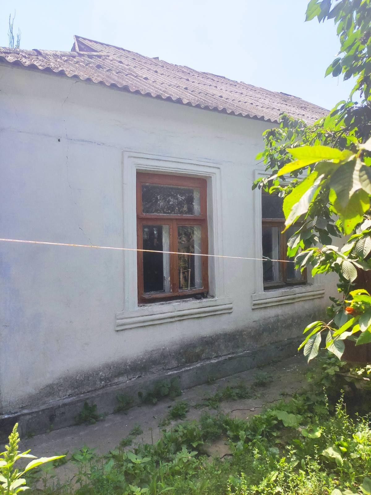 Продам дом в центре Октябрьского