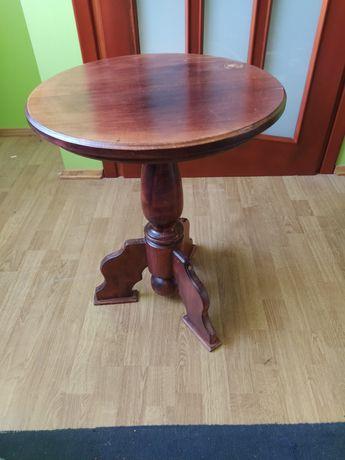 Okrągły stolik - drewno lite.