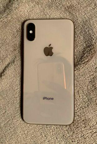 iPhone Xs золотистый цвет