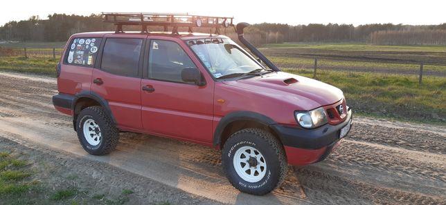 Nissan Terrano 2 (Off-road, Lift, 4x4, 3.0 diesel 154 km, blokada)