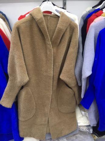 Płaszcz alpaka z kapturem lub kołnierzem(stójką) -kolory