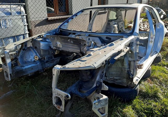 Audi A6C6 Karoseria, błotniki, progi, buda