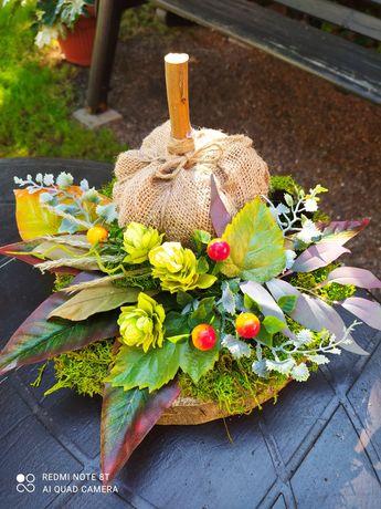 Jesienna dekoracja stroik kompozycja z dynią