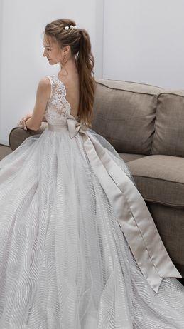 Свадебное платье Lorena Bride