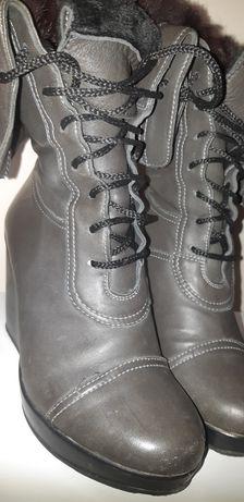 Шкіряні зимові чобітки , розмір 38