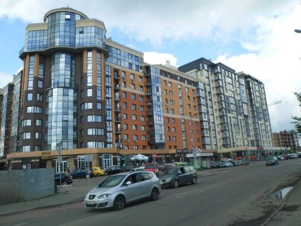 Продам 3-кімнатну квартиру в ЖК Яровиця