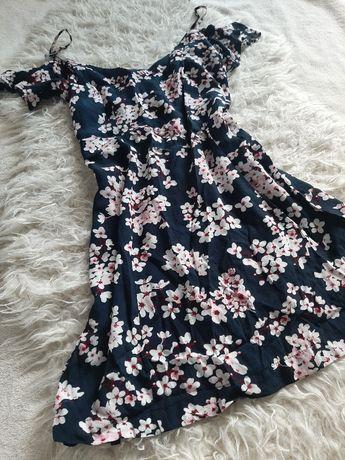 Sukienka letnia w kwiaty