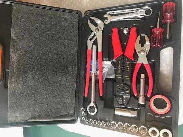 Mala com ferramentas NOVA