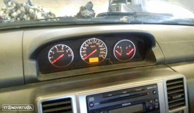 Quadrante Nissan X-Trail (T30)
