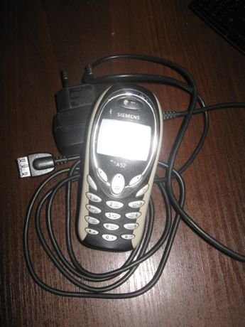 Маленький телефончик Siemens A52 (2003 года выпуска-телефону 18 лет!)