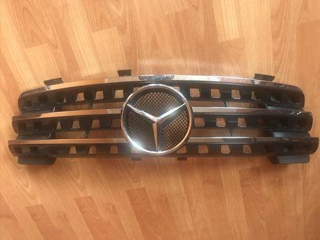 Новая оригинальная решетка радиатора Mercedes ml (w164) 2005-2008г