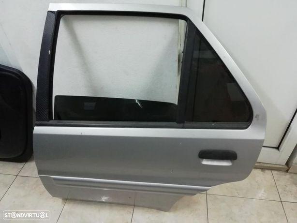 Porta traseira esquerda Citroën Saxo