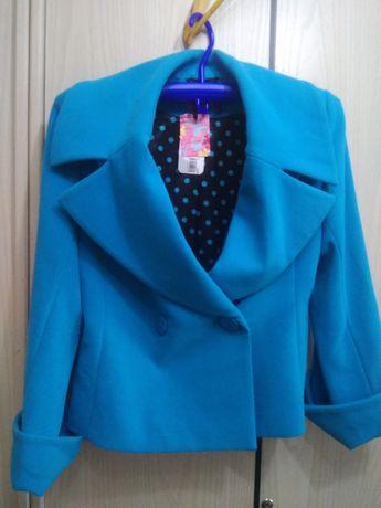 Голубое женское полу пальто, размер 48/L