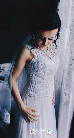 Suknia ślubna muślin