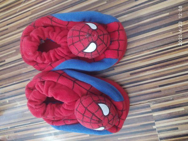 Kapcie spiderman