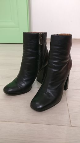 Ботинки осенние кожа р40 женские