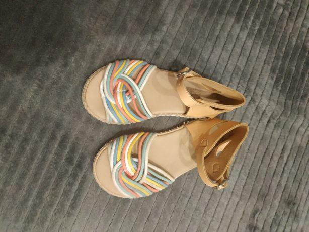 Buciki,Sandały dla dziewczynki