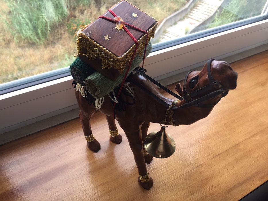 Artesanato camelo todo em pele genuína Santa Clara - imagem 1