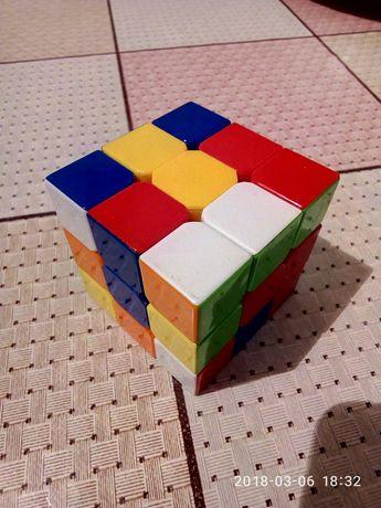 кубик рубика из качественного пластика цвета не наклейки!