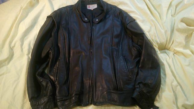 Кожаная куртка,Англия,р.48,черная,утепленная,мягкая,модная,отл.состоян