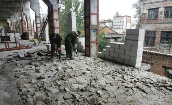 Демонтажные работы Демонтаж стен кафеля Вывоз строительного мусора