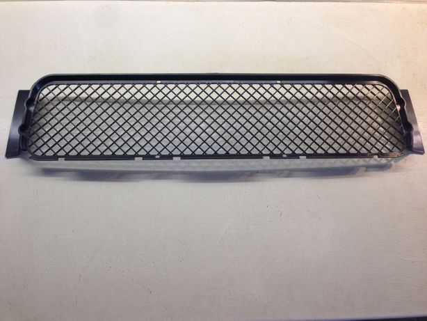 Сетка в передний Мбампер БМВ Е36 51 11 2 250 685