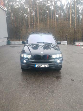 Продам BMW X5 2003 года