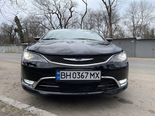 Продам автомобиль Chysler 200 2015