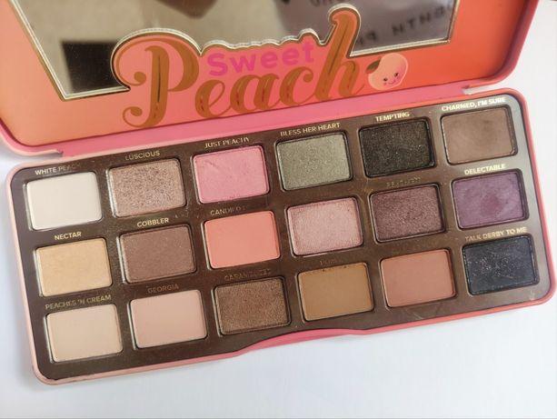 Палетка теней Too Faced Sweet Peach Palette