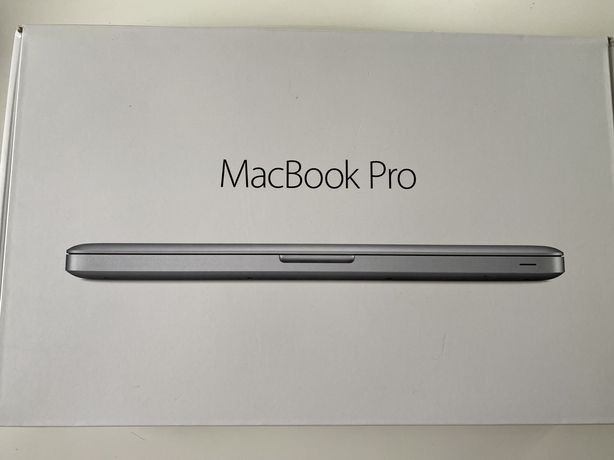 MacBook Pro практически в новом состоянии