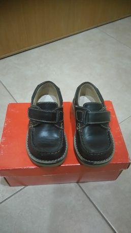 Sapatos de cerimonia tamanho 22