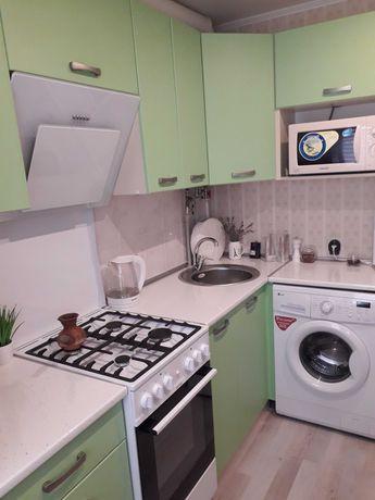 Двокімнатна квартира з відмінним  ремонтом, простора кухня!