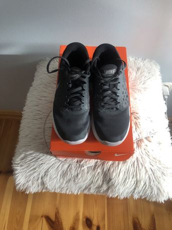 Buty damskie Nike 38,5