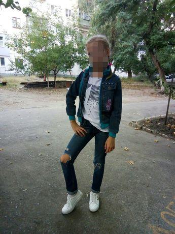 Джинсы на девочку подростка
